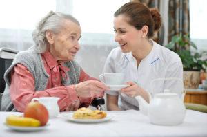 Сколько стоят услуги соц работника для пенсионеров