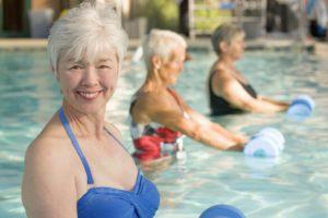 Бесплатное посещение пенсионерами бассейна