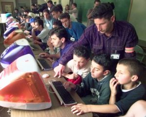 Пособия беженцам в сша