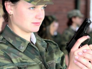Девушек после армии берут в вуз без егэ