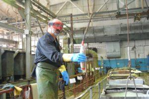 В гальваническом цехе воронение деталей и какая вредность у рабочего